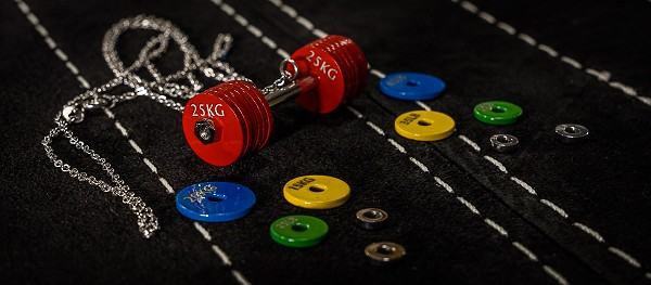 Colored Barbell Necklace - 12 Red Plates